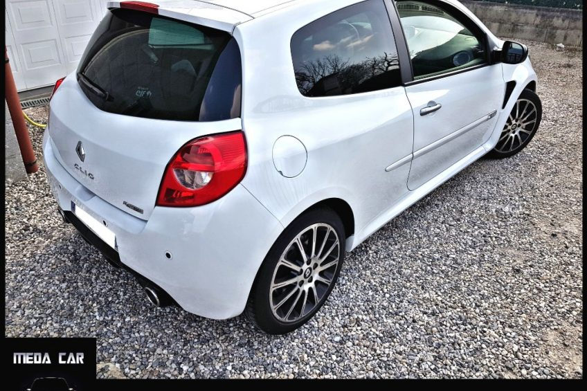 Renault Clio Iii 2 0 16v 203 Rs Cup Toit Ou Gps Meda Car